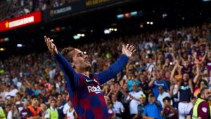 Com dois de Griezmann, Barcelona goleia o Betis em casa