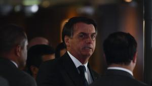 Bolsonaro diz que queimadas 'não estão fora da média' e critica 'uso político' da Amazônia