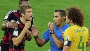 Árbitro de Brasil 1 x 7 Alemanha confirma que será treinador de time espanhol