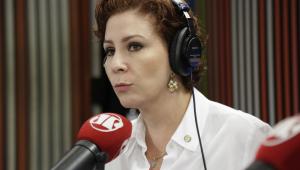 'O Moro não vai sair do governo', diz deputada Carla Zambelli