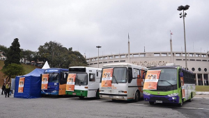 Ônibus com serviço de castração gratuita vão percorrer São Paulo