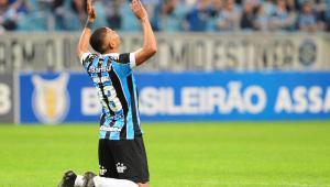 Grêmio empata com golaço de David Braz no fim e Palmeiras cai para o 3º lugar