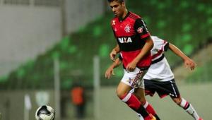 Milan contrata mais um ex-Flamengo para reforçar seu time B