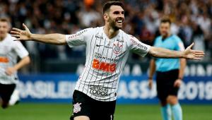 Envolvente, Corinthians domina Botafogo e vence mais uma após a parada para a Copa América