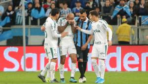 Felipe Melo reclama de expulsão e comenta choro: 'Homem também chora'