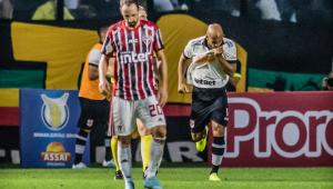 Vasco não é punido por cânticos homofóbicos contra o São Paulo