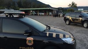 Declarações de Bolsonaro fazem delegados retomarem ofensiva por autonomia da PF