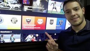 Demitido da ESPN, comentarista Rafael Oliveira é contratado pelo DAZN