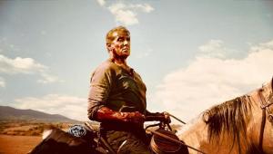 'Rambo V' ganha nova foto com Sylvester Stallone montando cavalo