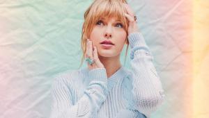 Taylor Swift celebra o amor em novo álbum; ouça 'Lover'