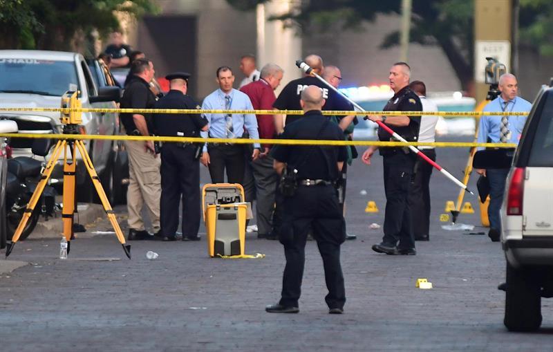 Resultado de imagem para Segundo tiroteio nos EUA nesse fim de semana: 9 mortos e 26 feridos após massacre em Ohio (FOTO)
