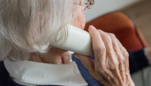 Tribunal condena cuidadora a devolver R$ 677 mil a idosa de 88 anos