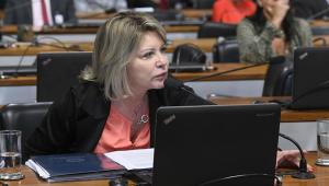 'Atitude descabida', diz Juíza Selma sobre pressão de Flávio Bolsonaro à CPI da Lava Toga