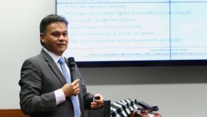 Ameaçado de morte, promotor que pediu transferência de Marcola fala em omissão do Estado