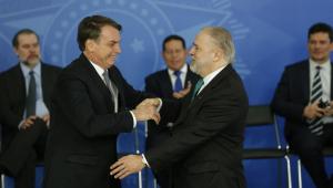 Bolsonaro trata crise no PSL com Aras e ex-deputado Alberto Fraga