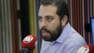 Guilherme Boulos diz que Witzel é sociopata: 'Deve ser preso por homicídio'