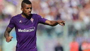 Lateral brasileiro da Fiorentina sofre racismo em jogo do Italiano