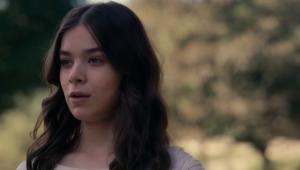 Hailee Steinfeld é Emily Dickinson empoderada em nova série da AppleTV+; veja