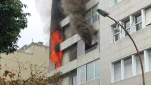 RJ: incêndio atinge prédio residencial em Ipanema neste sábado