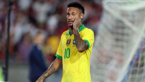 Jornal aponta os 100 melhores jogadores do século; três brasileiros no top-10