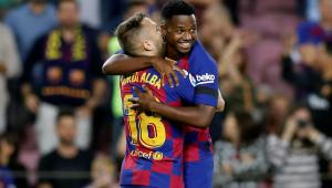 Sem Messi, Barcelona goleia Valencia com brilho de garoto de 16 anos