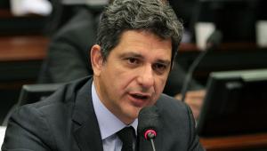 Justiça condena senador Rogério Carvalho (PT-SE) por improbidade