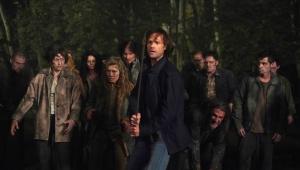 'Supernatural': Sam e Dean lutam contra zumbis em fotos da última temporada; veja