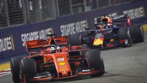 Vettel quebra jejum de 23 corridas e vence o GP de Singapura