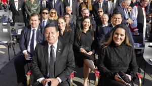 Cerca de 30 autoridades brasileiras acompanharam canonização de Irmã Dulce; veja fotos