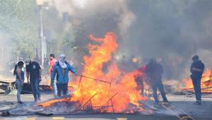 Maduro tenta tirar atenção da Venezuela ao apoiar protestos no Chile, diz jornalista