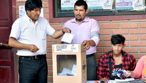 Evo Morales aparece em 2º na apuração dos votos na Bolívia
