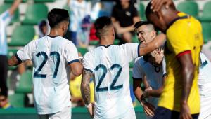 Sem Messi, Argentina faz 6 a 1 no Equador e amplia invencibilidade após a Copa América