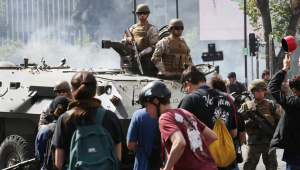 Chile se militariza para controlar protestos que já somam 3 mortes