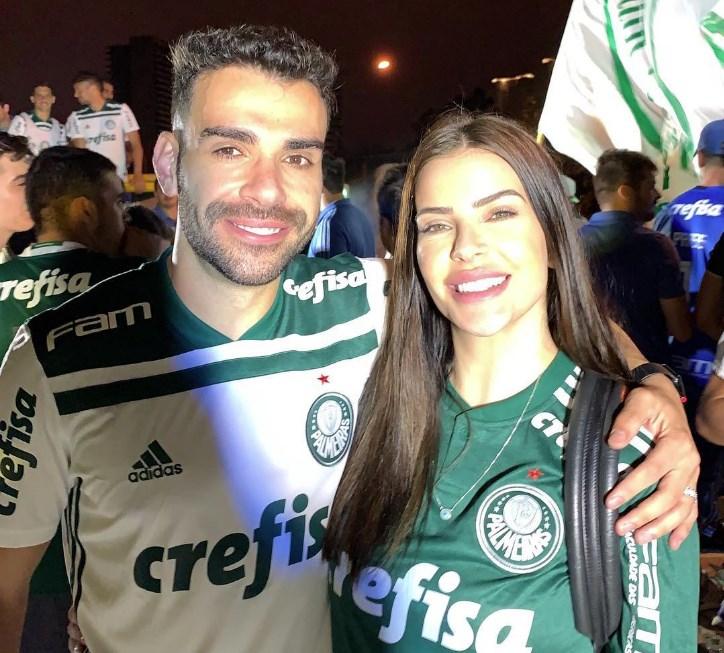 Mulher de Bruno Henrique é agredida por torcedores após empate do Palmeiras
