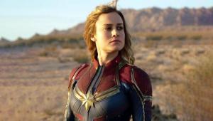 Brie Larson participa de pedido de casamento inusitado; confira