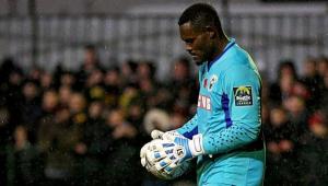 Jogadores abandonam jogo na Inglaterra após insultos racistas