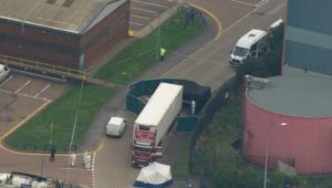 Caminhão com 39 pessoas mortas é encontrado no Reino Unido