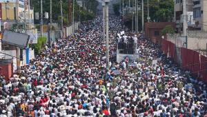 Milhares de pessoas vão às ruas pedir a renúncia do presidente do Haiti