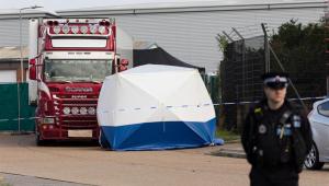 Veículo encontrado com 39 corpos no Reino Unido era caminhão frigorífico