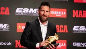 Messi recebe sexta Chuteira de Ouro e agradece companheiros de Barcelona