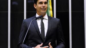 Deputado Luiz Lima deve ser reconduzido à vice-liderança do PSL, diz Bozzella