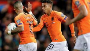 Barcelona pensa em substituto de Suárez e mira em joia holandesa