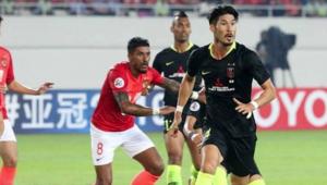 Time de Paulinho e Talisca está eliminado da Champions League asiática