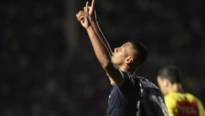 Tailson celebra 'momento incrível' no Santos e mira titularidade contra o Palmeiras