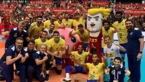 É campeão! Brasil bate Japão e garante tricampeonato da Copa do Mundo de vôlei