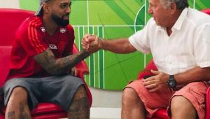 Zico vê Flamengo com o 'melhor futebol do Brasil' e exalta Jorge Jesus